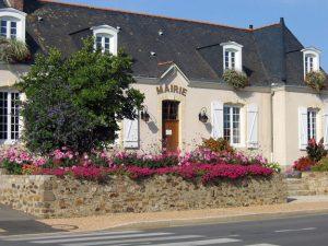 Mairie Saint Christophe, La Chapelle Saint Aubin